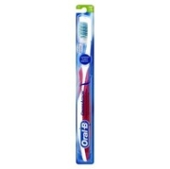 Oral-B Toothbrush Cross Action Compact Soft