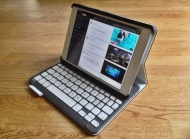 Logitech Keyboard Folio FOR IPAD MINI