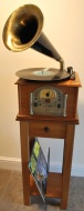 Gramophone Style Voice Nostalgia Retro Music System with Turntable Record Player - Radio - CD Player - MP3 Playback (USB / SD Card) Stereo Music Centr