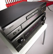 Denon AVR-2105