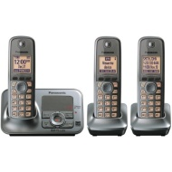 Panasonic KX-TG4133M DECT 6.0 Cordless Phone with Answering System, Metallic Gray, 3 Handsets