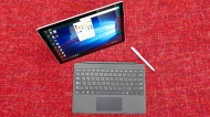 Microsoft Surface Pro 2017 256GB Black, Silver tablet