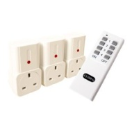 REMOTE CONTROLLED MAINS SOCKETS SET 3 PACK ON/OFF OPERATION 30M RANGE NEW