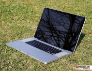 Apple MacBook Pro (Mid 2010) (13-inch MC374 / MC375, 15-inch MC371 / MC372 / MC373, 17-inch MC024)