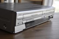 Funai WV20V6 SV2000 DVD Recorder and VCR Combo