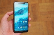 Motorola One / P30 Play (2018)