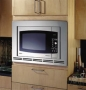 "GE 23"" Counter Top Microwave JE1590SH"